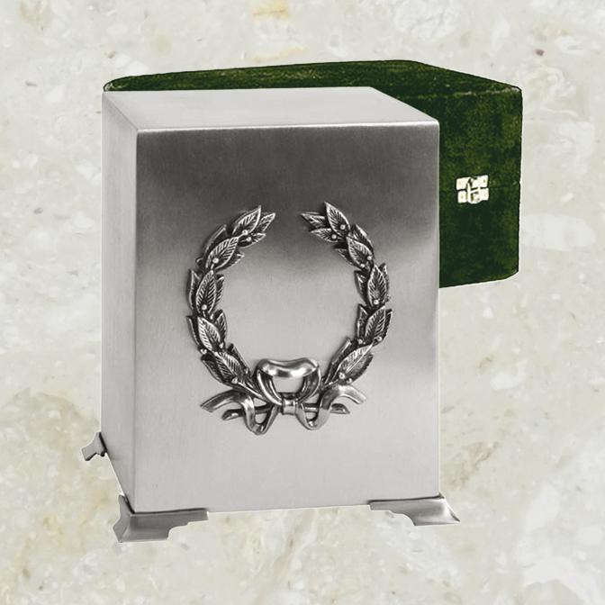 Cube – Fini étain brossé et couronne argent antique